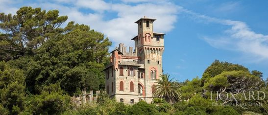 Big Empty Castle For Sale, situated in nothern Italy.